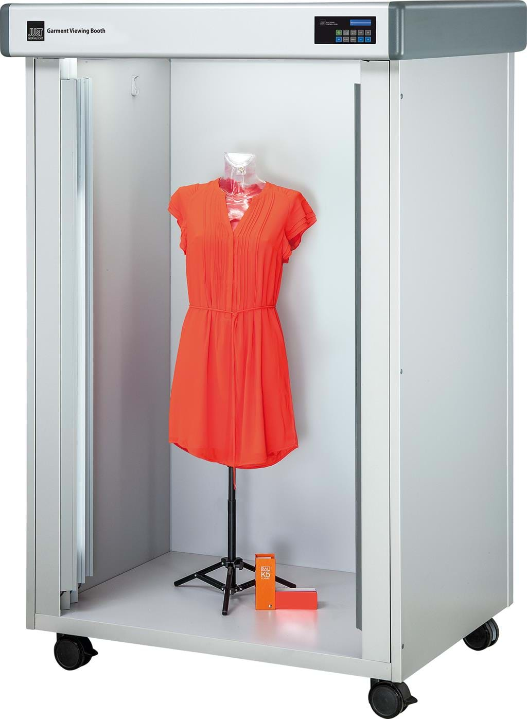 Color matching booth for clothes